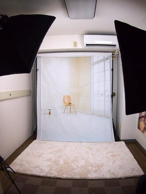 ビル内に専用スタジオあり。
