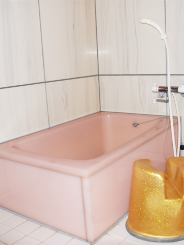 個室内のお風呂です。